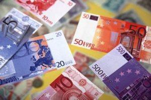 kreditai dirbantiems užsienyje